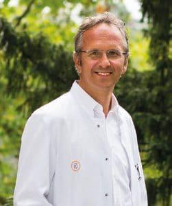 Wissenschaftlicher Begleiter des Marienkron-Teams.